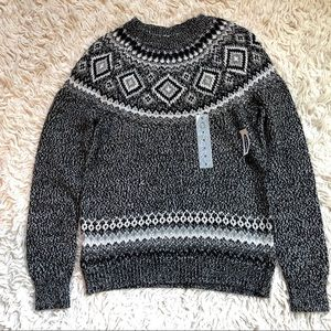 NWT Old Navy Gray, Black and Silver Winter Sweater